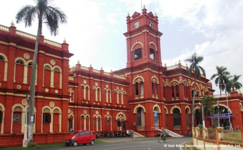 Laxmeshwar Vilas Palace - Visit Bihar